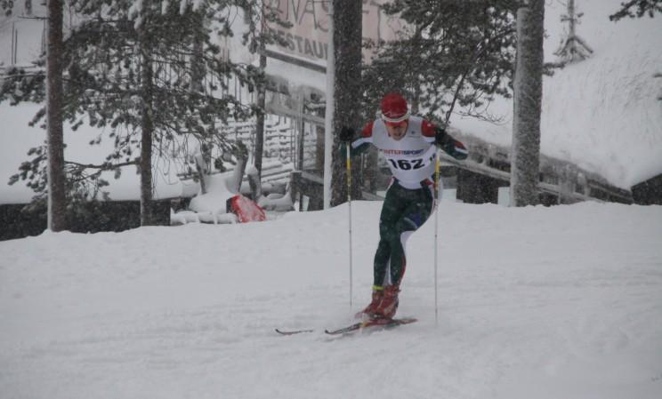 Sprinttävling i snöoväder