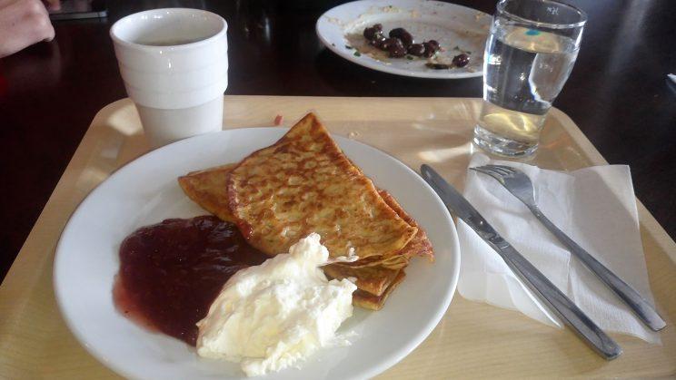 Och såklart pannkakor och kaffe som efterrätt!